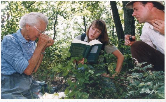 Ellen J in the woods - INPS